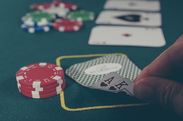 card reflexive gambling games